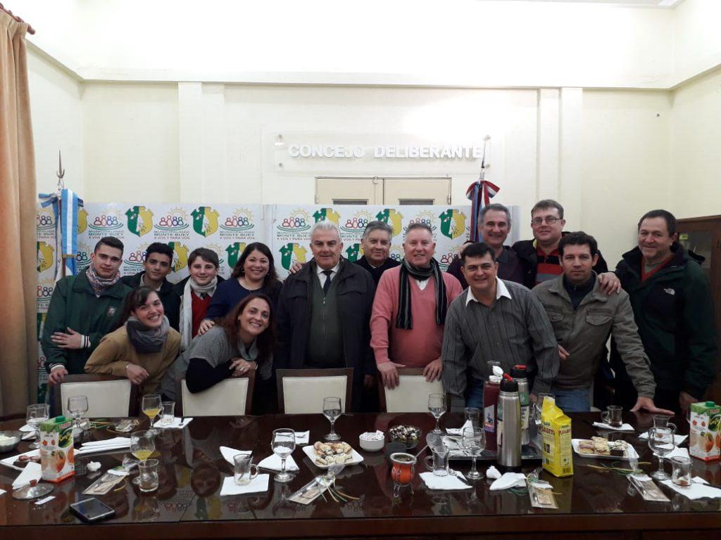 El municipio invitó a un desayuno a los periodistas en su día