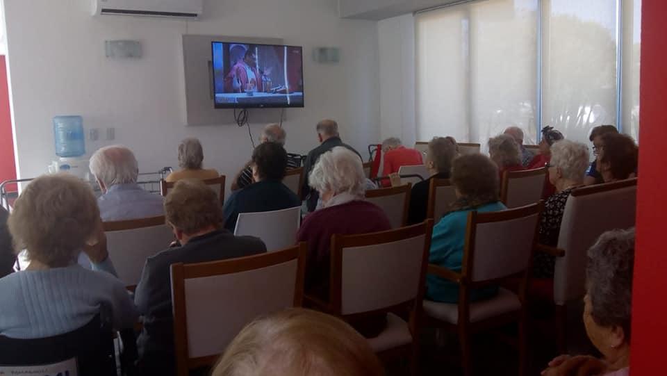 Misa televisada por Vivencias
