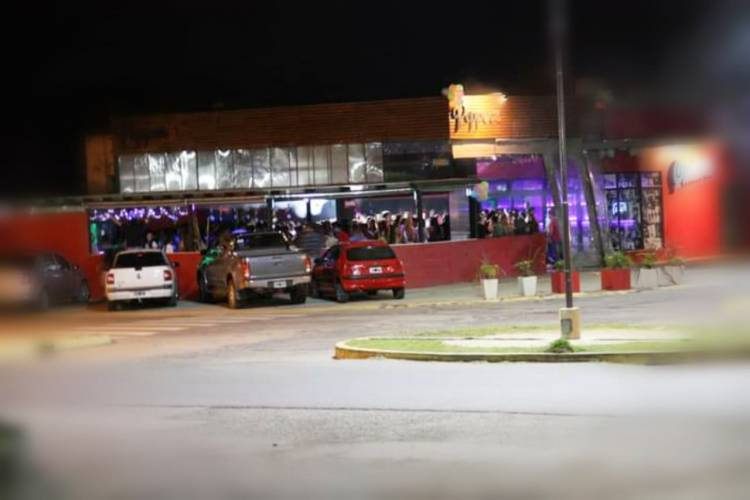 Justiniano Posse: Clausuraron un local nocturno