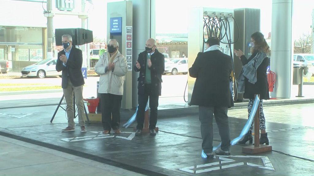 Inauguró la nueva Estación YPF